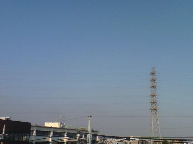 今日も雲ひとつない青空